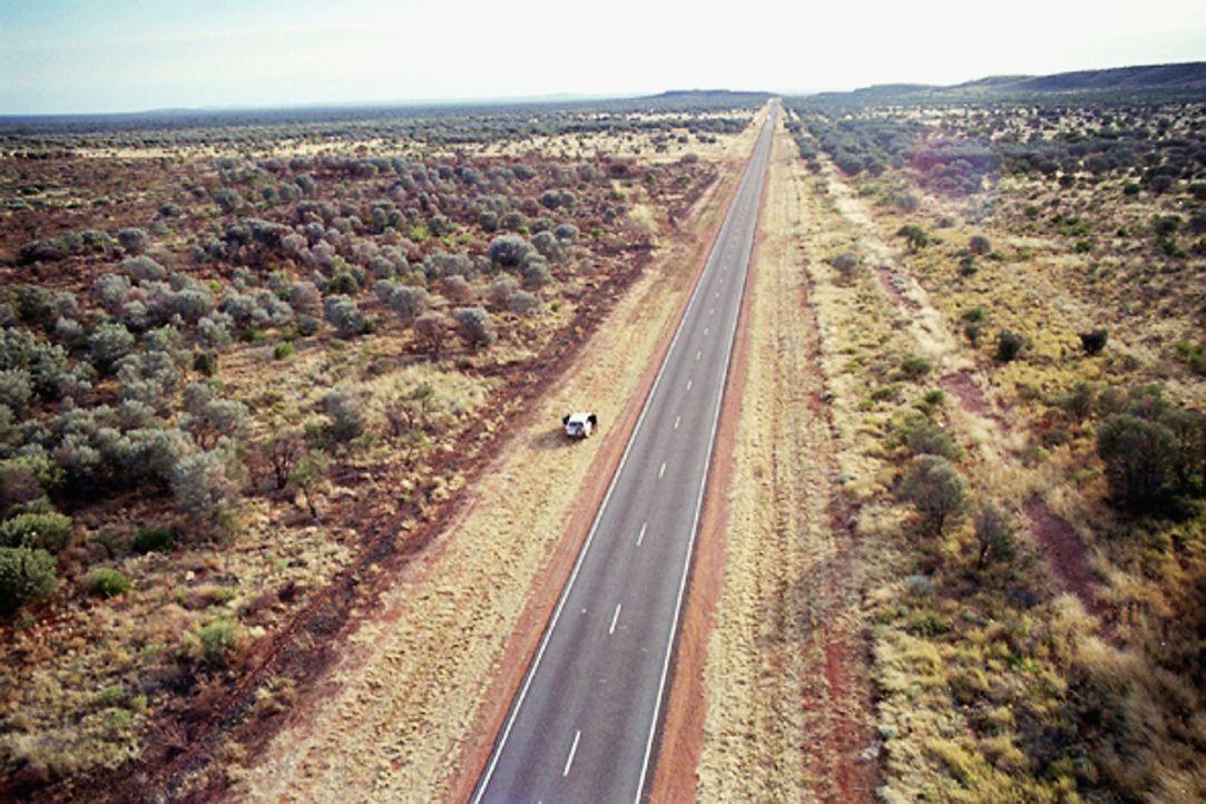 Im Juli 2001 sind Joanne Lees und Peter Falconio im australischen Outback unterwegs. Nachts hält ein Mann in einem Truck das britische Pärchen an .....