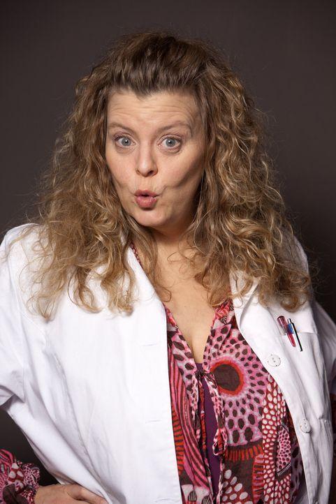 (1. Staffel) - Frau Wunder (Carolin Spieß) ist der eingebildete Schnösel David anfangs extrem unsympathisch, aber schon bald freundet sie sich mit d... - Bildquelle: Conny Klein SAT.1