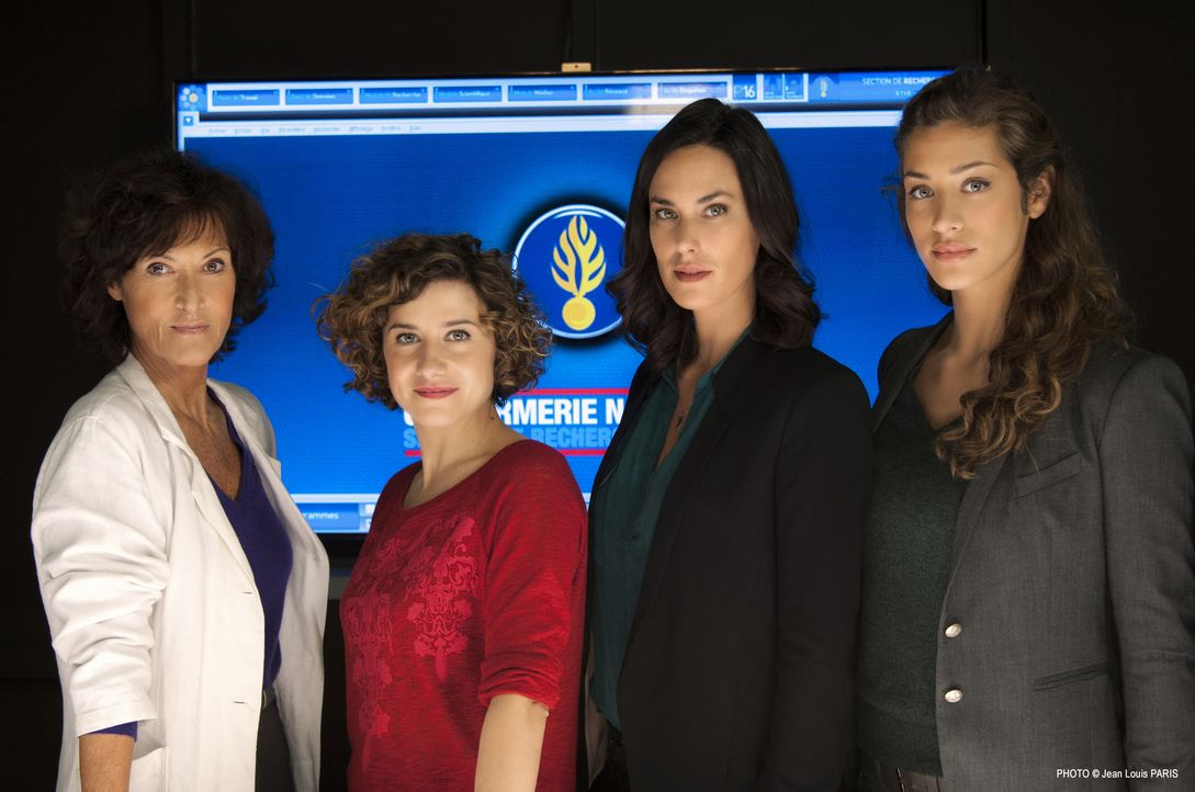 Wie werden sich die vier Frauen (v.l.n.r.) Nadia Angeli (Chrystelle Labaude), Vicky (Félicité Chaton), Roxane Janin (Julie Fournier) und Sara Casano... - Bildquelle: Jean Louis PARIS