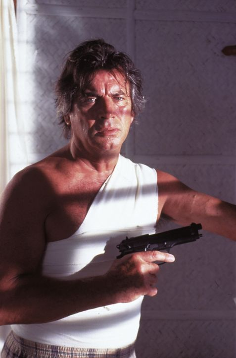 Jean-Claude Valentine (Pierre Brice) - Bildquelle: Lisa Film