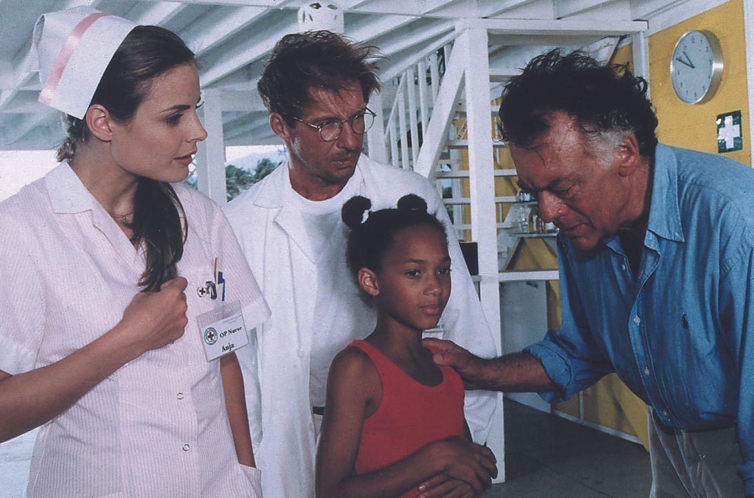 (v.l.n.r.) Anja (Elisabeth Lanz); Dr. Peter Sander (Michael Lesch); Dr. Frank Hofmann (Klausjürgen Wussow) - Bildquelle: Lisa Film