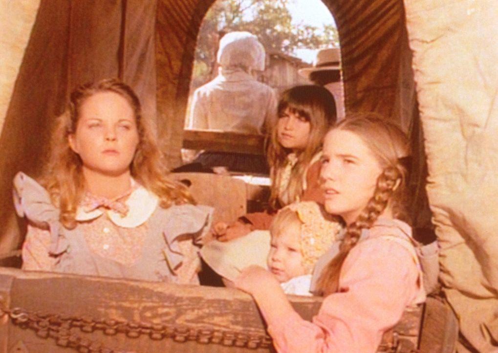 Laura (Melissa Gilbert, r.) und Carry (Lindsay Sidney Greenbush, M.) können es kaum mehr erwarten, endlich auszusteigen. Sie versuchen ihrer blinden... - Bildquelle: Worldvision