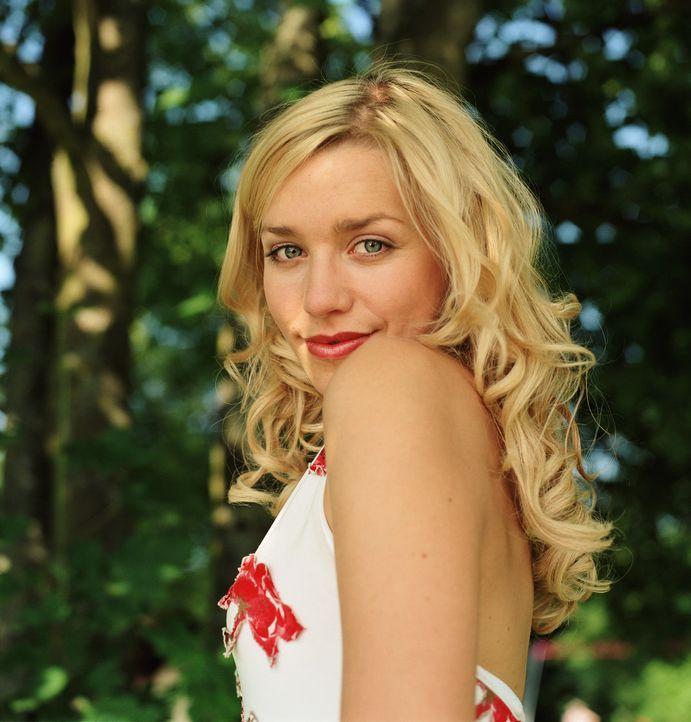 Mädchen Nr. 1: Denise (Julia Dietze)! - Bildquelle: Lucia Fuster ProSieben