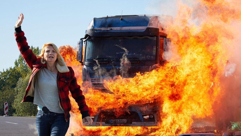 Die Truckerin - Eine Frau geht durchs Feuer - Bildquelle: Guido Engels Sat.1
