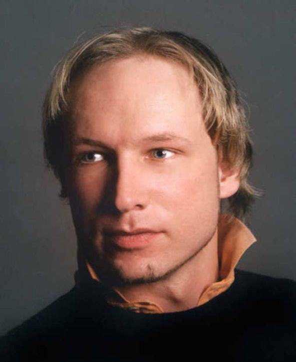 Welcher Mensch steckt hinter dem Namen Anders Behring Breivik, der als Attentäter im Juli 2011 in aller Munde war? - Bildquelle: Twofour Broadcast Limited