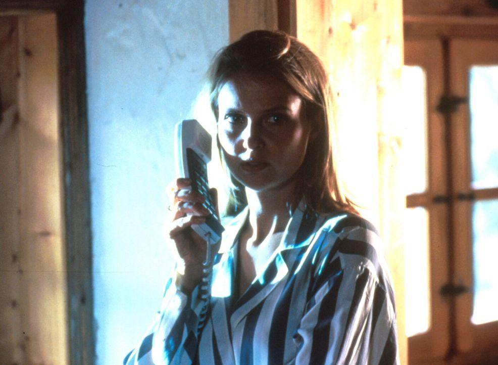 Als sich Hanna (Katharina Böhm) in ihren Kollegen Albert verliebt, kann sie dies unglücklicherweise nicht lange vor ihrem Mann Günther verbergen ...... - Bildquelle: Rolf von der Heydt ProSieben