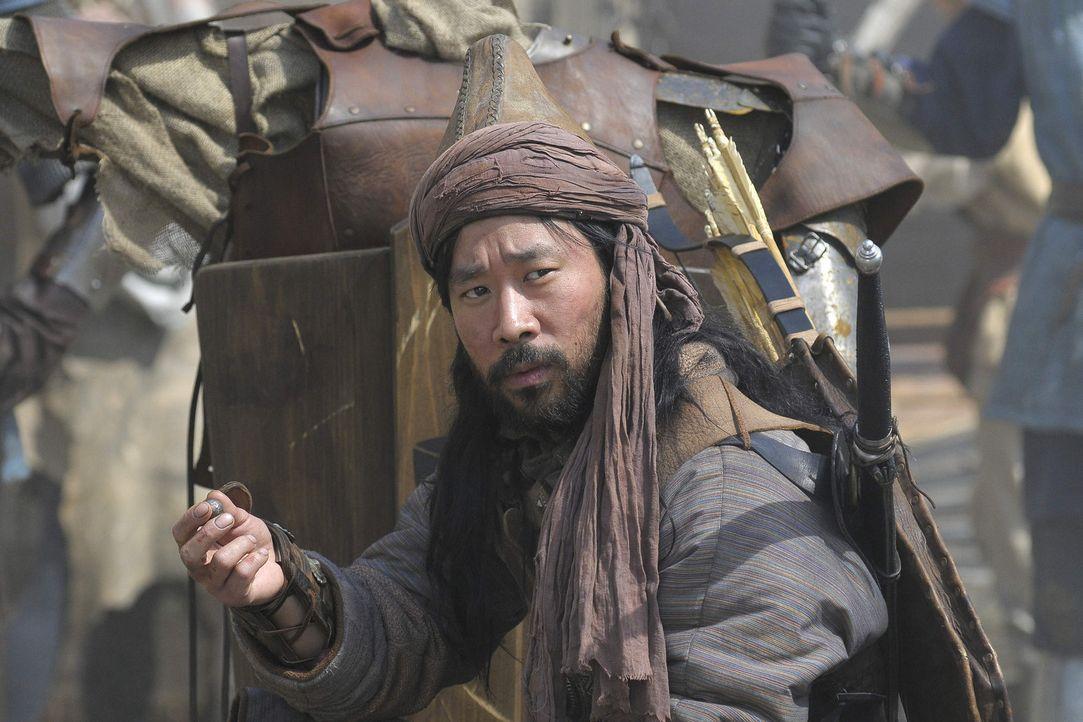 """Der Mongole Marat (Ill-Young Kim) bringt dem Deutschen, genannt """"Nemec"""", seine einmalige Kampfkunst näher. Schon bald ist Michel der mit Abstand bes... - Bildquelle: Jiri Hanzl SAT. 1"""
