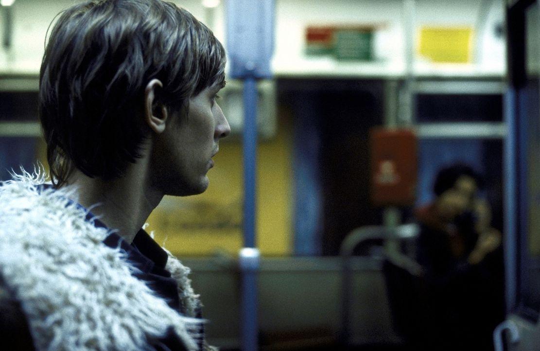 Immer wieder wird Felix (Martin Glade) von seinen Frauen sitzen gelassen. Doch dies soll jetzt anders werden ... - Bildquelle: Kerstin Stelter ProSieben