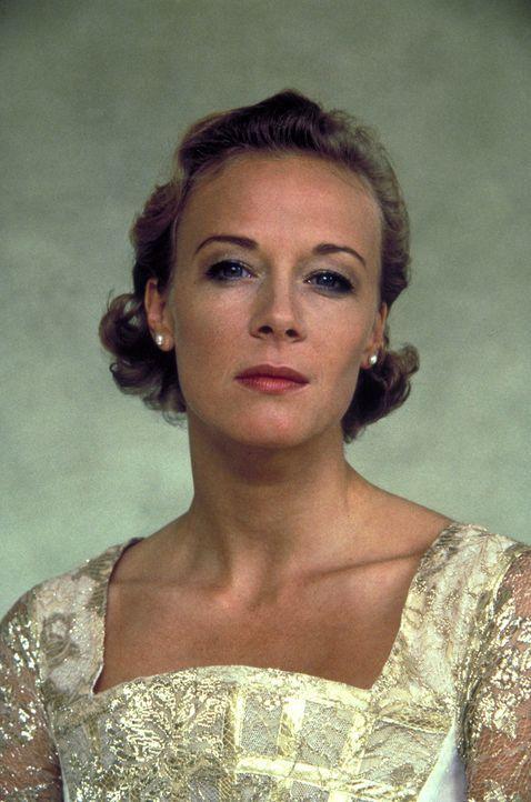Die teuflische Elsa Hellerstadt (Katja Riemann) tut alles, um an das Vermögen des wohlhabenden Klinikchefs Peter Donner zu gelangen ... - Bildquelle: Columbia Pictures