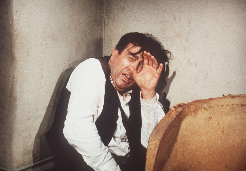 Nach ein paar Tagen auf der Ponderosa und einem knallharten Entzugsprogramm ist der Dichter William Warlock Evans (Lonny Chapman) bereits auf einem... - Bildquelle: Paramount Pictures