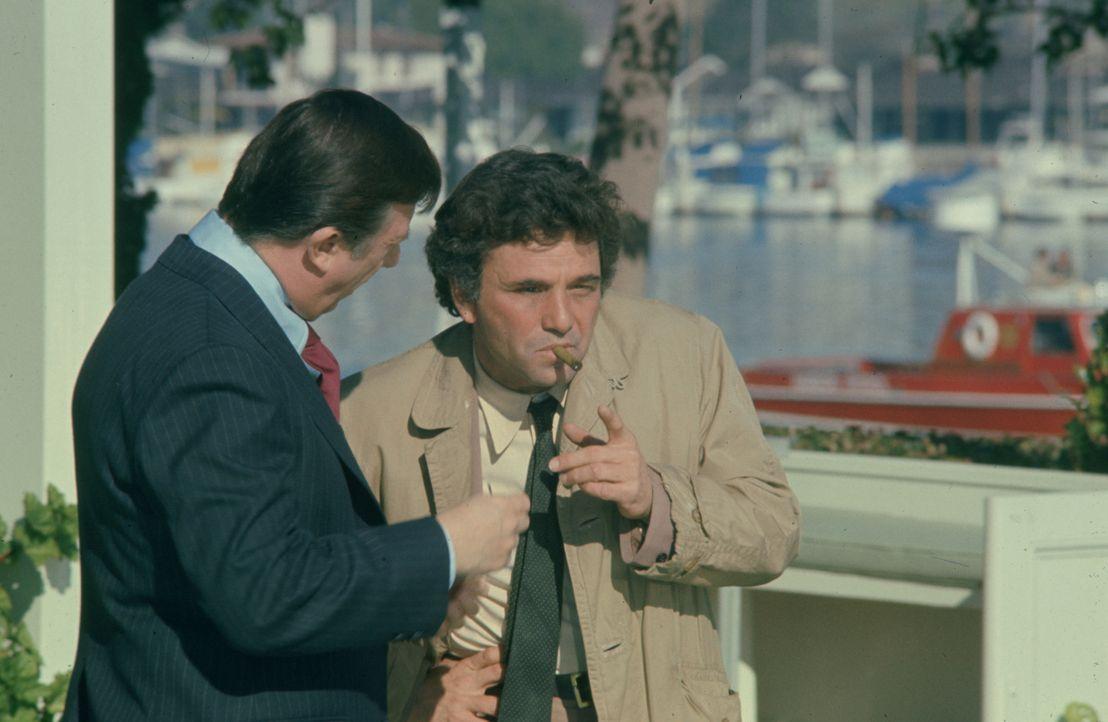 Columbo (Peter Falk, r.) - Bildquelle: 1975 Universal City Studios LLLP. All Rights Reserved.