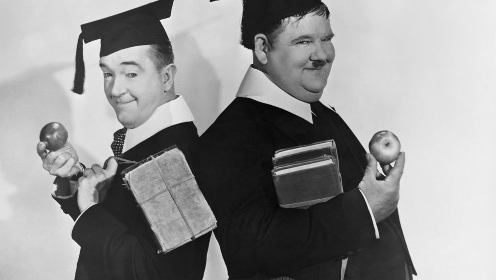 Dick und Doof als Studenten - Bildquelle: Metro-Goldwyn-Mayer