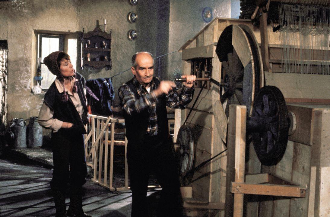 Bernadette Daubray-Lacaze (Annie Girardot, l.); Guillaume Daubray-Lacaze (Louis de Funès, r.) - Bildquelle: 1978 STUDIOCANAL. ALL RIGHTS RESERVED.