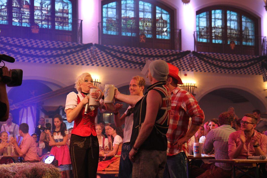 Fetenhits-Oktoberfest-2014-Foto2114 - Bildquelle: SAT.1 Gold