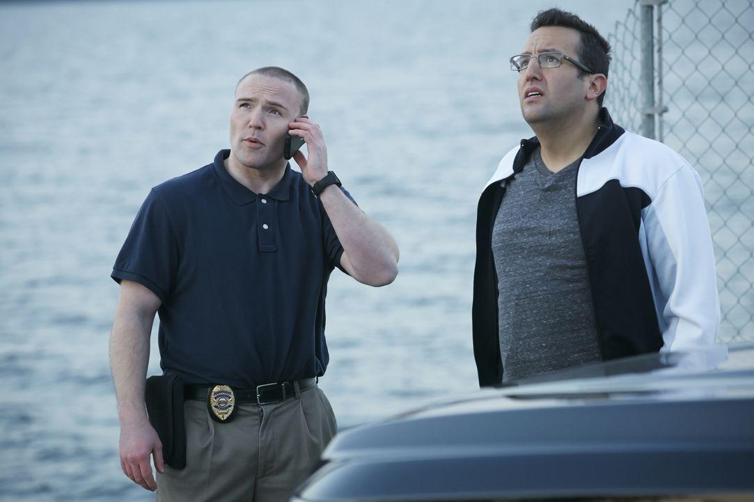 Detective Brian Koenig (l.); Seargent Scott Myers (r.) - Bildquelle: Ian Watson Arrow International Media/Saloon Media Inc / Ian Watson
