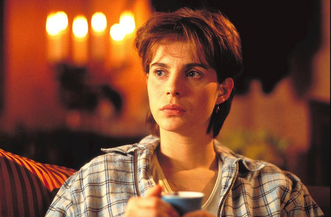 30 Jahre alt und noch immer ist kein Ehemann in Sicht: Valerie (Julia Jäger) gerät in Panik ... - Bildquelle: ProSieben