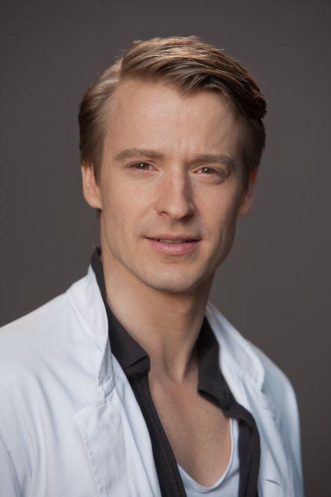 (1. Staffel) - Dr. David Heller (Max von Pufendorf) träumt davon, nach Jahren als Intensivmediziner mit viel Arbeit und wenig Geld endlich als Plast... - Bildquelle: Conny Klein SAT.1
