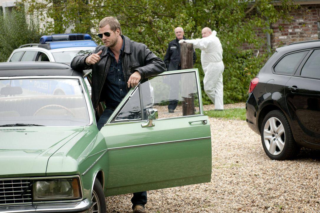 (3. Staffel) - Nach wie vor hält Mick (Henning Baum) nichts von den neuen Ermittlungsmethoden. Er vertraut nur seinen eigenen Regeln ... - Bildquelle: Martin Rottenkolber SAT.1 / Martin Rottenkolber