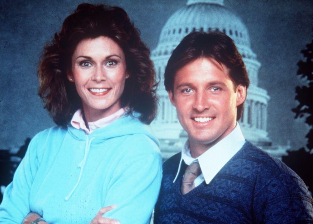 """Amanda King (Kate Jackson, l.) und Lee Stetson (Bruce Boxleitner, r.) arbeiten gemeinsam für den amerikanischen Geheimdienst """"Agency"""". - Bildquelle: CBS Television"""