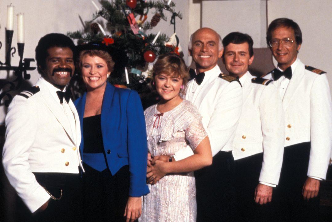 (3. Staffel) - Träume werden wahr! Von ihrem Heimathafen Acapulco aus startet die Pacific Princess zu den herrlichsten Kreuzfahrten in geheimnisvoll... - Bildquelle: CBS Studios Inc. All Rights Reserved.