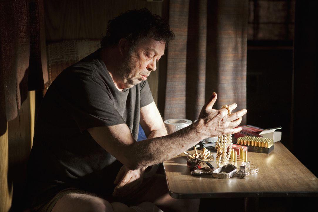 Hat Billy Flynn (Tim Curry) etwas mit den Morden in L.A. und im angrenzenden Orange County zu tun? - Bildquelle: Adam Rose 2010 American Broadcasting Companies, Inc. All rights reserved. / Adam Rose