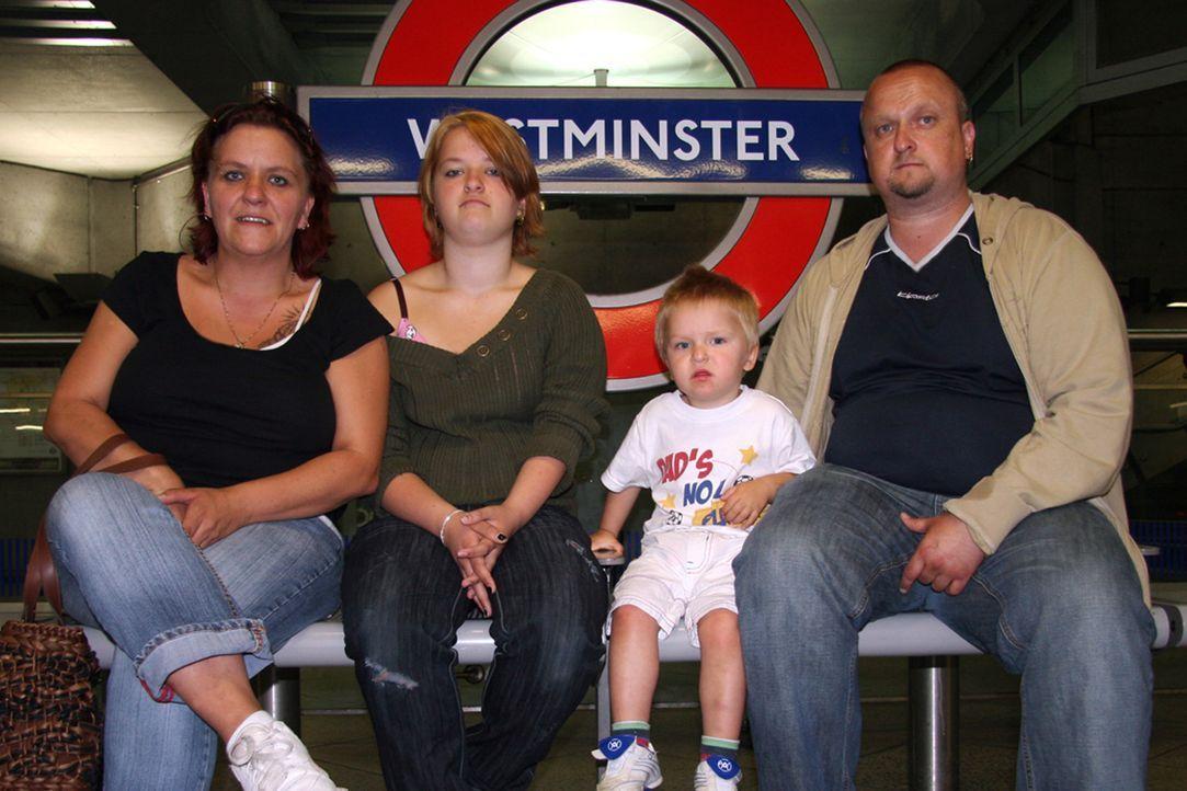 Das Ende ihres Auswanderertraums muss sich die Familie Ullrich eingestehen - es geht zurück aus London in die deutsche Provinz. - Bildquelle: kabel eins