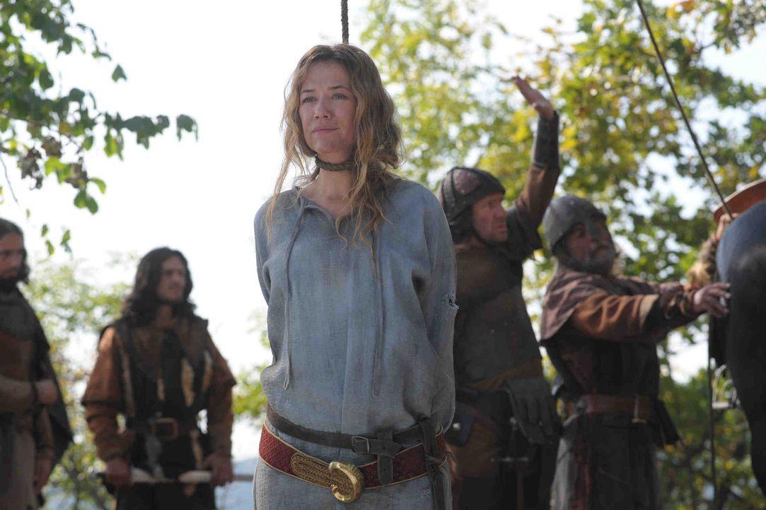 Als Marie (Alexandra Neldel, r.) in die Hände der Hussiten fällt, scheint ihr letztes Stündlein geschlagen zu haben ... - Bildquelle: Jiri Hanzl SAT. 1