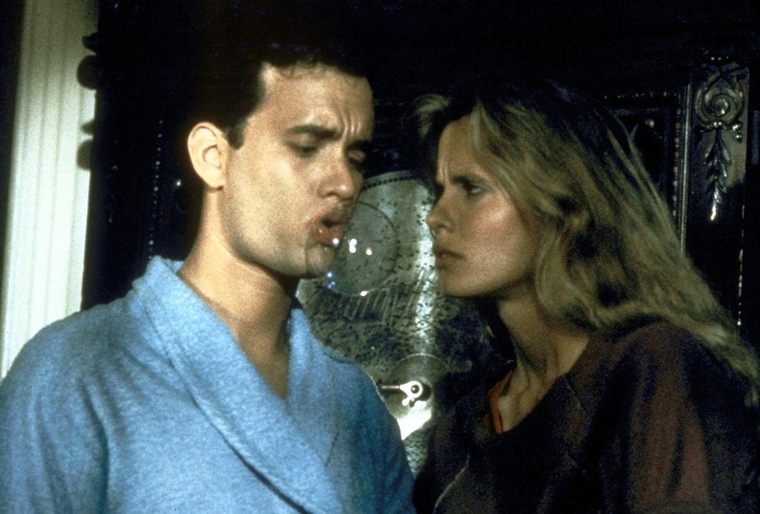 Als die schöne Agentin Maddy (Lori Singer, r.) den angeblichen Spion Richard Drew (Tom Hanks, l.) beschattet, verliert sie ihr Herz an den Geigenvir... - Bildquelle: 20th Century Fox Film Corporation