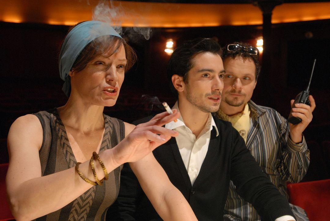 An ihnen kommt kein Tänzer vorbei, der Karriere machen möchte: (v.l.n.r.) die eiskalte Chefin des Corps de Ballet und Ex-Primaballerina Hrdlicka (Ma... - Bildquelle: Alfons Kowatsch SAT.1