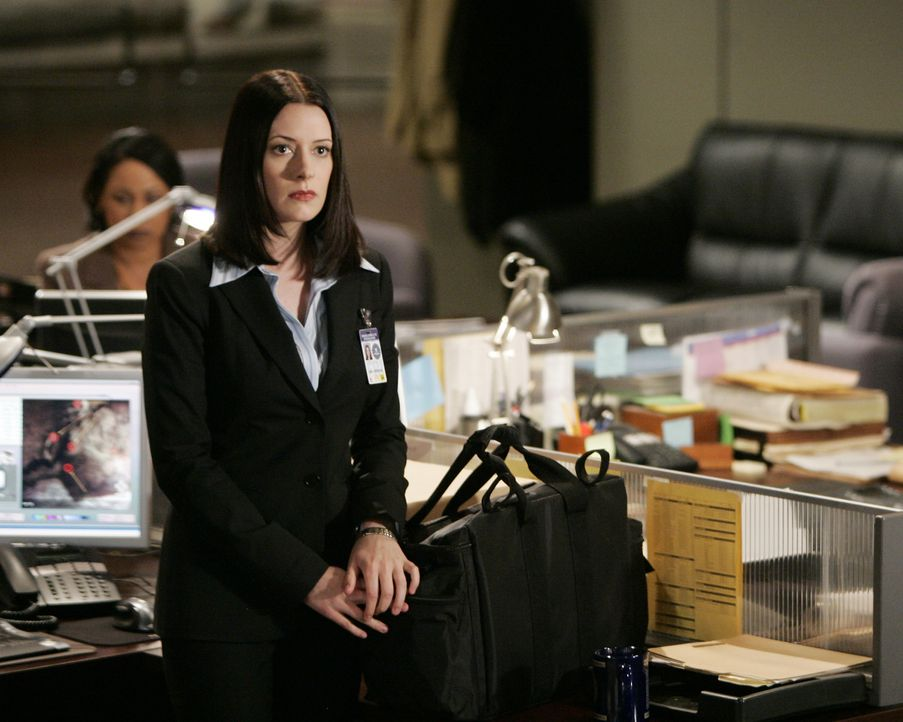 Neu im Team: Emily Prentiss (Paget Brewster) ... - Bildquelle: Cliff Lipson 2006 Touchstone Television. All rights reserved. NO ARCHIVE. NO RESALE. / Cliff Lipson
