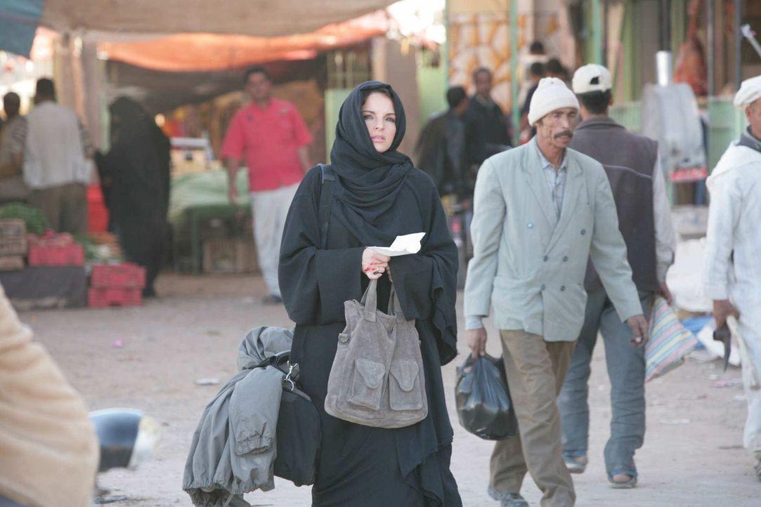 Zuerst entführt ihr Mann ihren Sohn in den Sudan, danach teilt der BND ihr mit, dass ihr Mann ein Schläfer ist und dann muss sie feststellen, dass i... - Bildquelle: Sife Elamine und Claudia Rump SAT.1