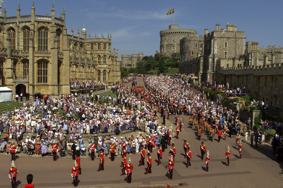 Die große Parade zum Garter Day in Windsor Castle ... - Bildquelle: Ian Jones HTI  MEDIA