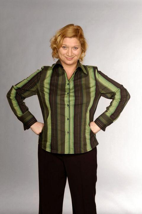 (2. Staffel) - Agnes Hetzer (Susanne Szell) ist Kantinenchefin des Modehauses und eine der dienstältesten Angestellten. Sie hat viele Assistentinnen... - Bildquelle: Andre Kowalski SAT.1