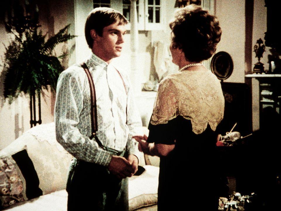 John-Boy Walton (Richard Thomas, l.) lädt Cordelia Hunnicut (Danna Hansen, r.) zum Abendessen ein, bei dem sie Cody Nelson kennen lernen soll. - Bildquelle: WARNER BROS. INTERNATIONAL TELEVISION