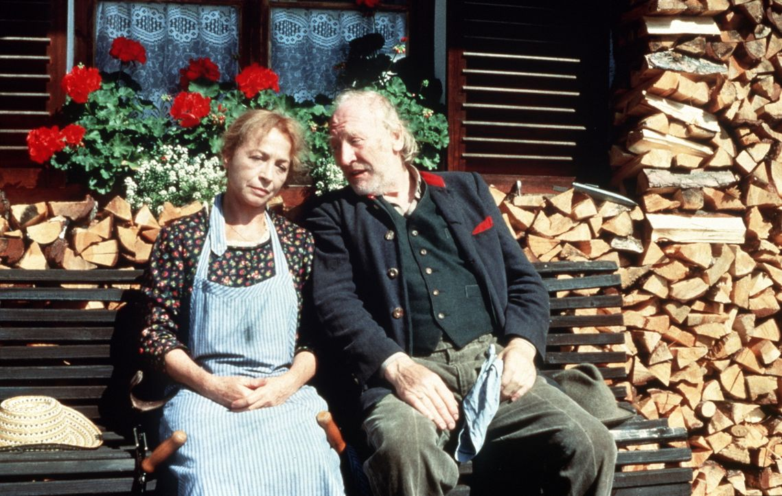 Else Breinfalk (Christine Ostermayer, l.); Ludwig Breinfalk (Karl Merkatz, r.) - Bildquelle: Beta Film GmbH