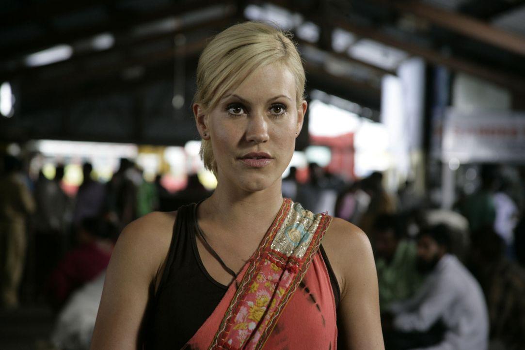 Als herauskommt, dass der Mann ihrer Träume verheiratet ist, flüchtet die junge Geologin Sarah (Wolke Hegenbarth) nach Indien in ein kleines Dorf. A... - Bildquelle: Vinod Deshpande SAT.1