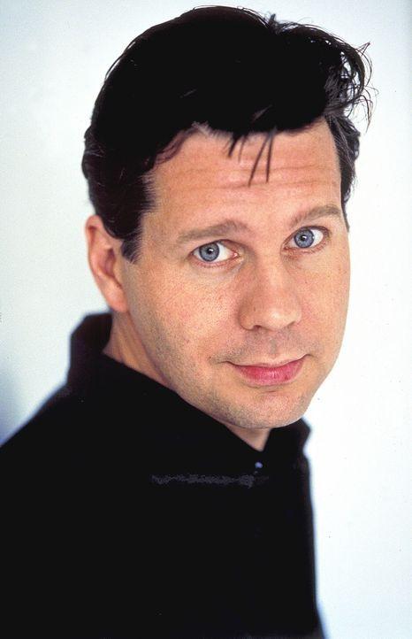 Als der erfolgreiche Jurist Dr. Daniel Sternberg (Thomas Heinze) Ines kennen lernt, verliebt er sich Hals über Kopf in die gutaussehende Galeristin.... - Bildquelle: Rolf von der Heydt ProSieben