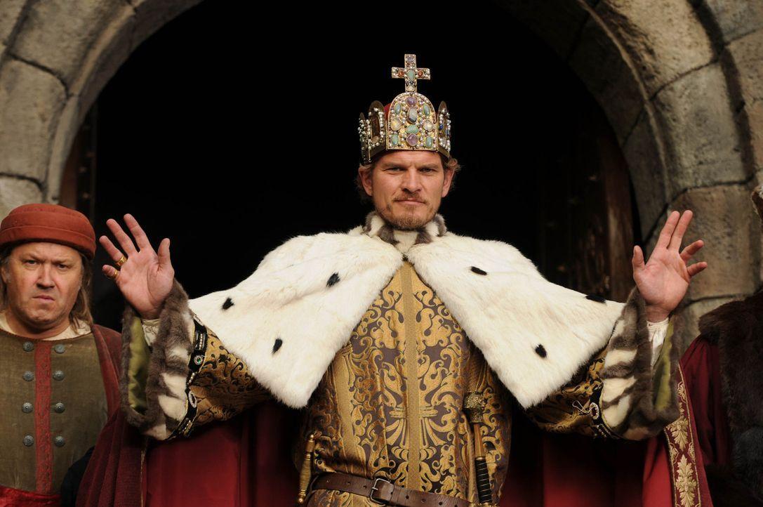 Um ihre Rache vollziehen zu können, braucht die Wanderhure Marie niemand Geringeren als den lebensfrohen König Sigismund (Götz Otto)... - Bildquelle: Oliver Roth SAT.1/TV60
