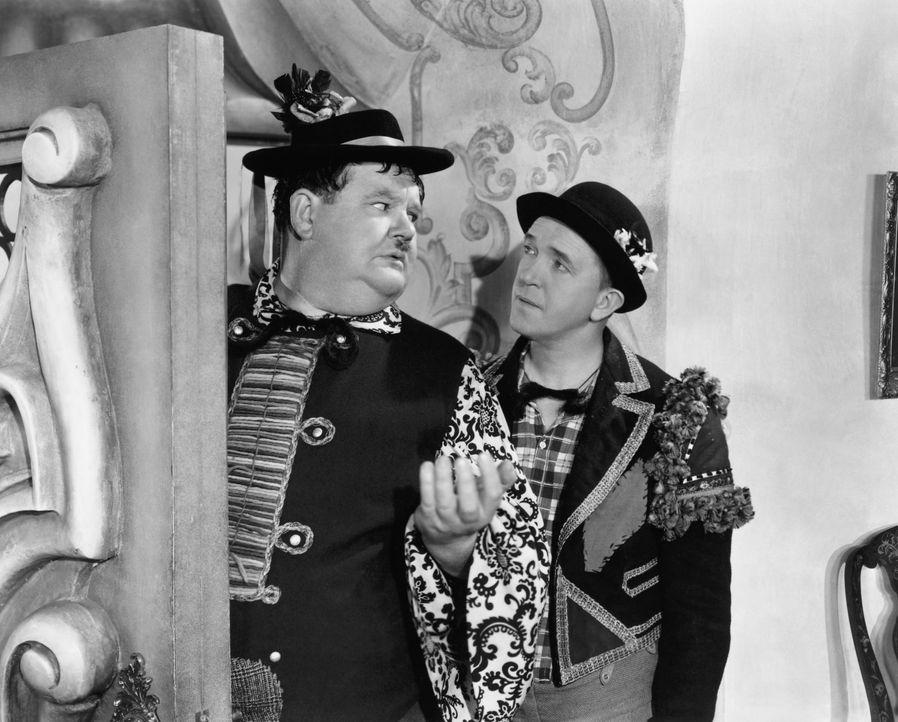 Oliver Hardy (l.); Stan Laurel (r.) - Bildquelle: Beta Film