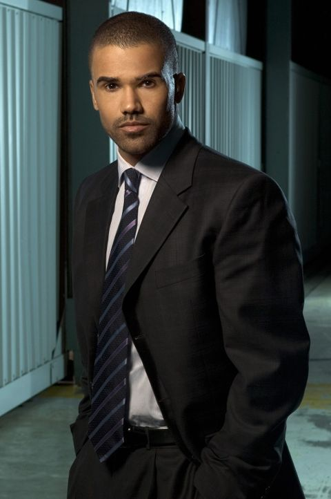 (1. Staffel) - Gemeinsam mit seinen Kollegen entlarvt Special Agent Derek Morgan (Shemar Moore) jeden Serientäter ... - Bildquelle: 2004 Touchstone Television. All rights reserved. NO ARCHIVE. NO RESALE.
