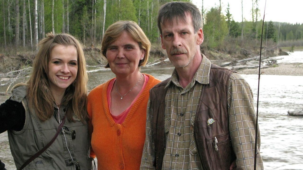 Beginnen ein neues Leben in Kanada: Michael (r.), Sylvia (M.) und Julia (l.) ... - Bildquelle: kabel eins