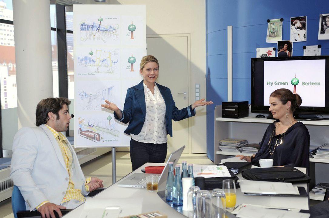 Anna gibt bei der Präsentation alles, aber der Kunde reagiert nicht wie gewünscht... v.l.n.r.: Jonas (Roy Peter Link), Anna (Jeanette Biedermann), N... - Bildquelle: Oliver Ziebe Sat.1