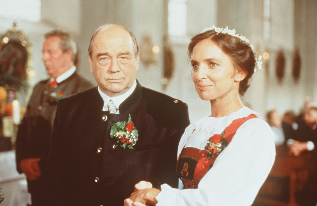 Christian Gmeiner (Bruno Dallansky, l.); Sybille Martin (Evelyn Plank, r.) - Bildquelle: Beta Film GmbH