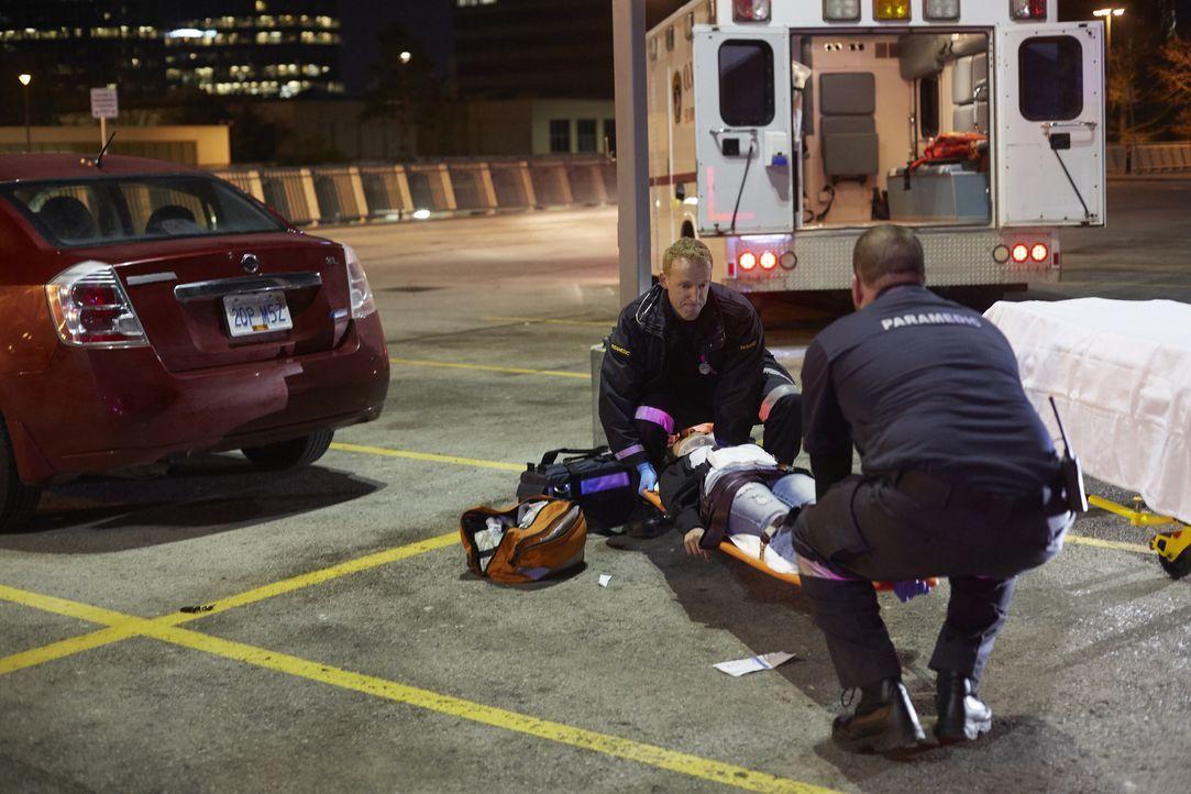 Eine junge Studentin wird auf dem Parkplatz ihrer Uni erschossen. Die Ermitt... - Bildquelle: Saloon Media Inc Arrow International Media Ltd / Saloon Media Inc