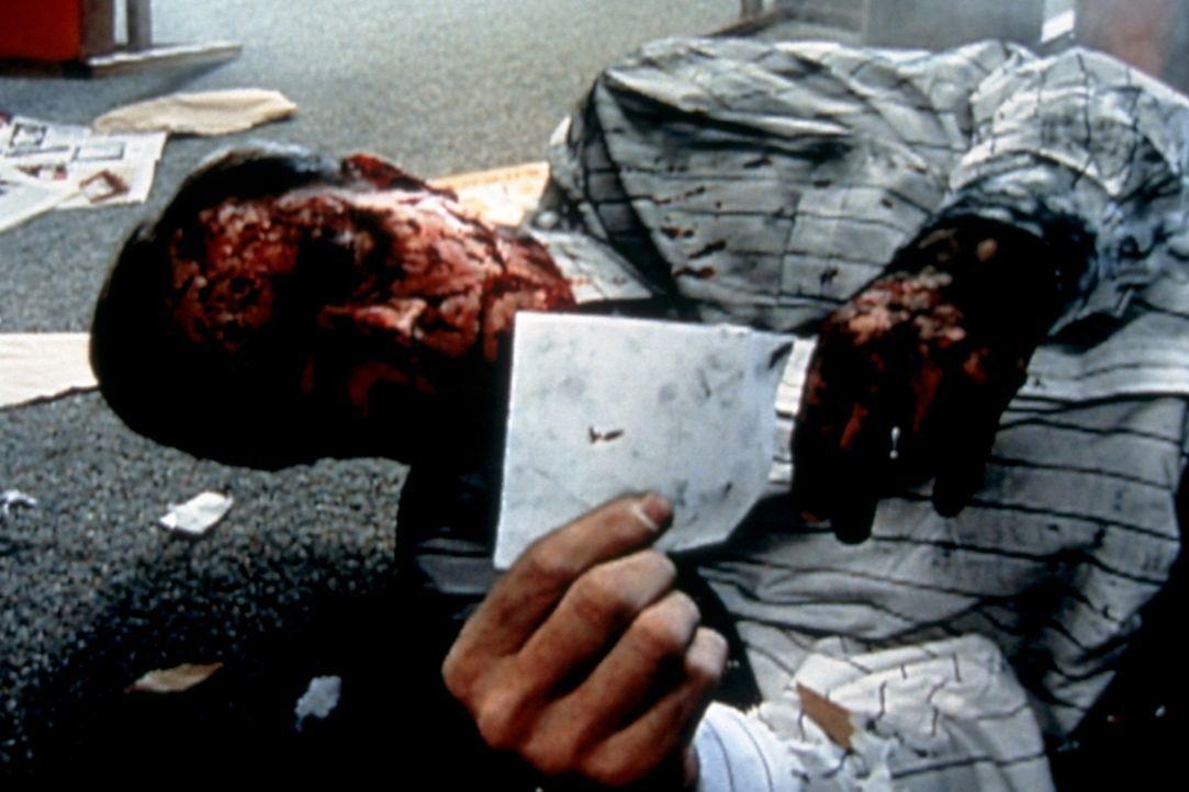 Bevor Ted Kaczynski geschnappt werden konnte, verschickte er über 18 Jahre hinweg Briefbomben, vornehmlich an Universitätsprofessoren und Vorstandmi... - Bildquelle: Randy Jacobson New Dominion Pictures, LLC