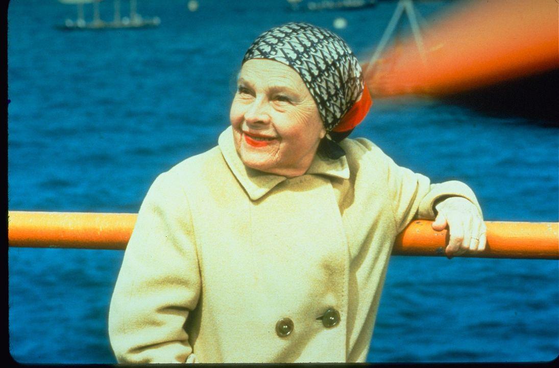Abigail Mitchell (Ruth Gordon) - Bildquelle: 1976 Universal City Studios LLLP. All Rights Reserved.