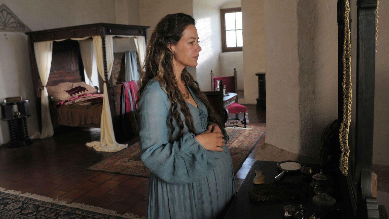 Sehnsüchtig wartet Marie (Alexandra Neldel) auf die Geburt ihres zweiten Kindes, als ihr Mann zum Ersten Ritter von König Sigismund geschlagen wird.... - Bildquelle: Jiri Hanzl SAT.1