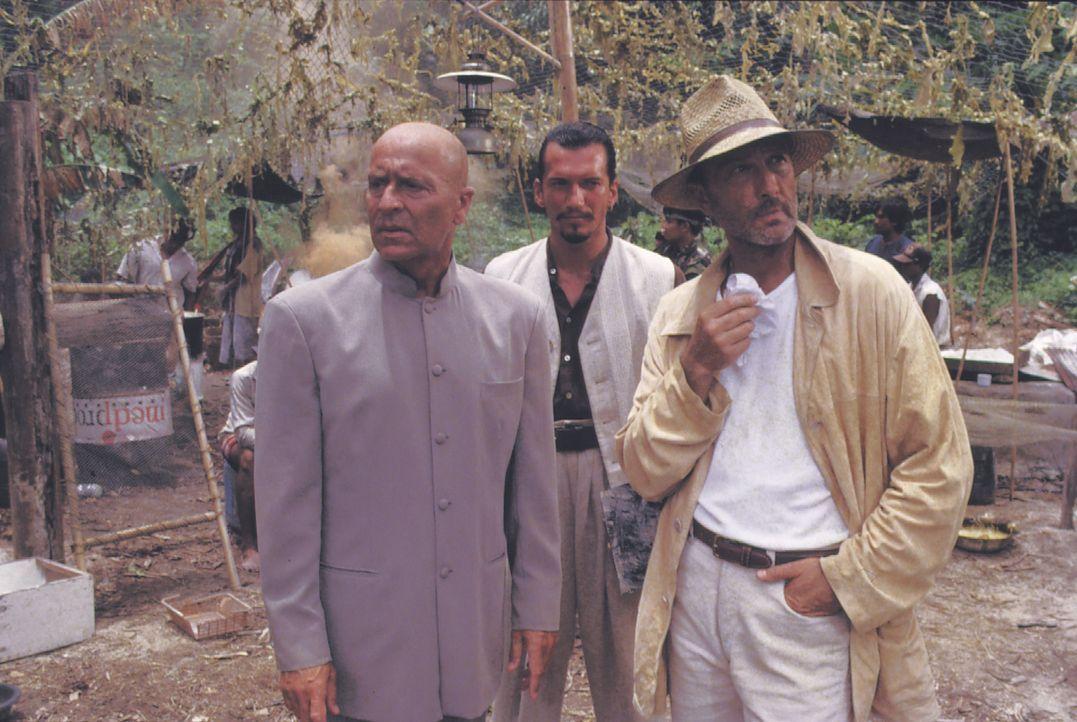 Kaminsky (Wilfried Baasner, l.); Mendez (Christoph Werner, r.) - Bildquelle: Lisa Film
