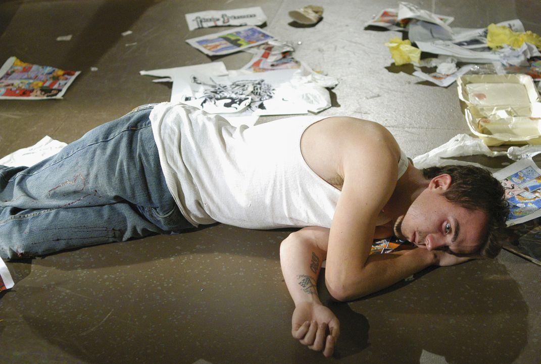 Die Wahrheit der Nacht: Der Comicbuchautors Jonny McHale (Frankie Muniz) wird nachts zu einem brutalen Mörder ... - Bildquelle: Gale Adler 2007 ABC Studios. All rights reserved. NO ARCHIVE. NO RESALE. / Gale Adler