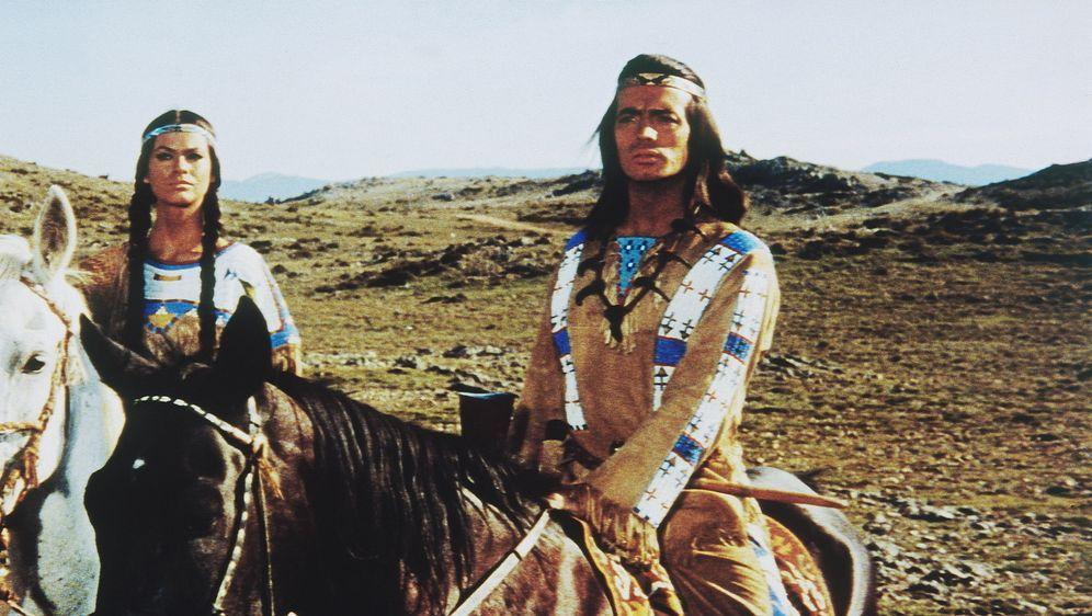 Winnetou und sein Freund Old Firehand - Bildquelle: Tobis Film